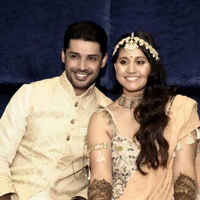 Apeksha Dandekar Wih Husband Abhishek Sharma