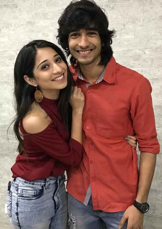 Shantanu Maheshwari With Girlfriend Vrushika Mehta