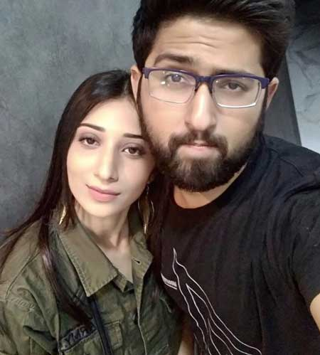 vrushika mehta with brother