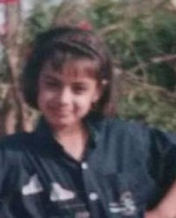 neha mahajan childhood photo
