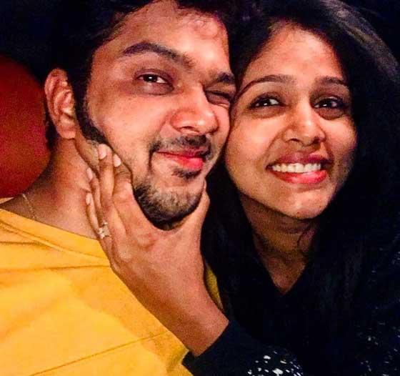 Akshaya Deodhar With Husband