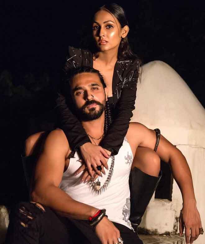 Archana Taide With Husband Ashish Sharma