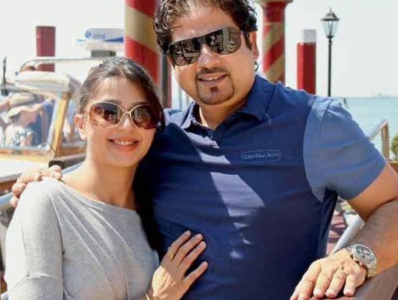 bhumika chawla with husband