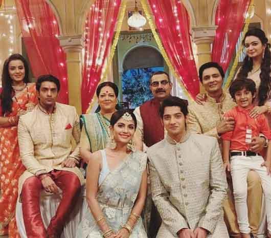 Krishna Chali London Full Cast