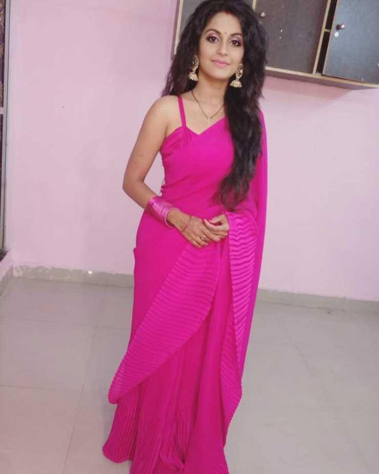 Megha Chakraborty In Saree