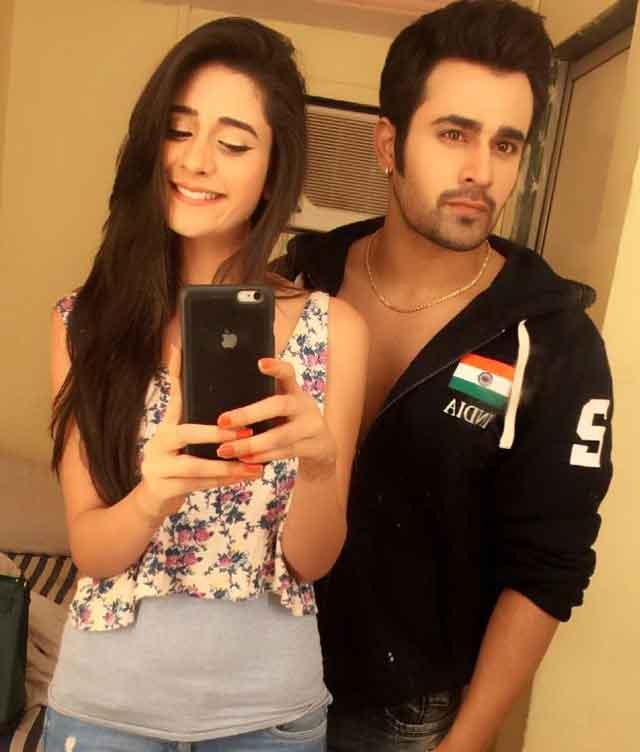 hiba nawab with boyfriend pearl v puri