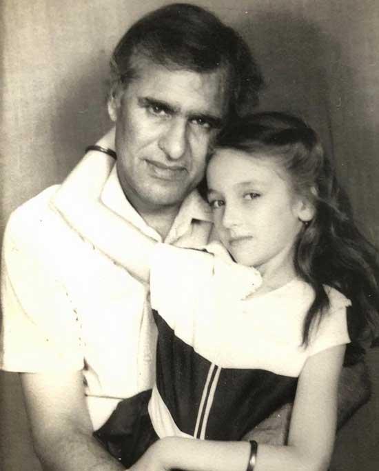 saumya tandon with father