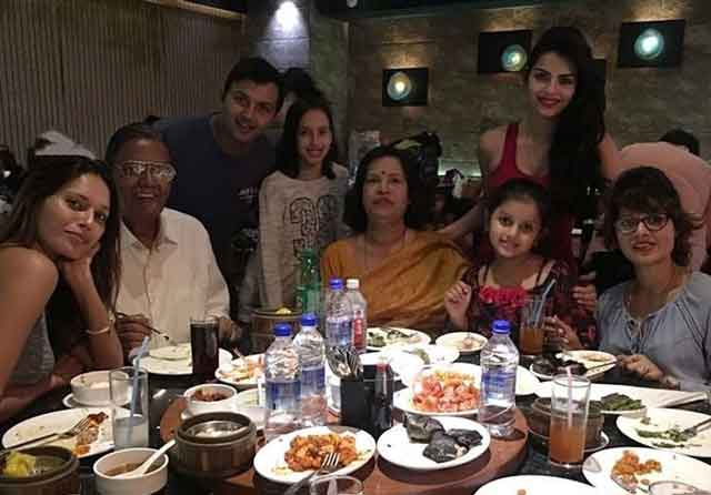 sonali raut with family