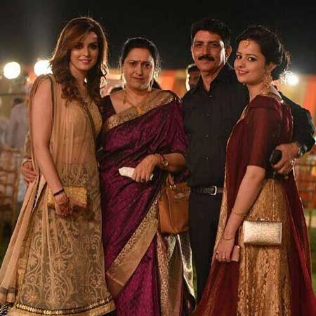 ekta kaul with family