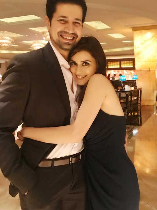 ekta kaul with husband sumeet vyas