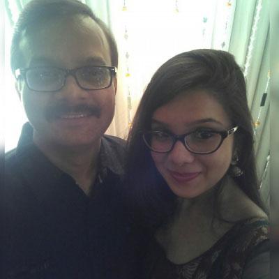 rashmi agdekar with dad prakash agdekar